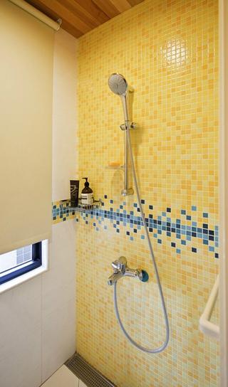 简约温馨三居室案例欣赏卫生间背景墙
