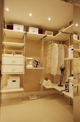 精品简约三居室欣赏衣帽间衣柜