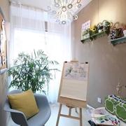 现代简约风公寓小绘画区