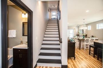 现代梯形楼梯设计