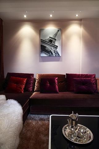 80平简约三室一厅欣赏客厅效果图