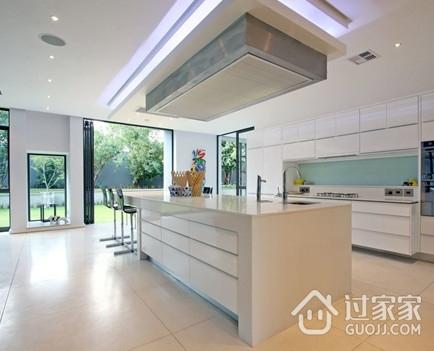 厨房装修常用的四种吊顶方式