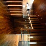 现代别墅效果图楼梯全景