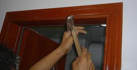 家居门套线安装方法