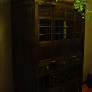 仿古木质橱柜
