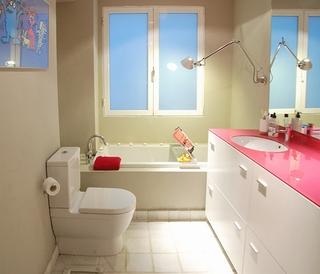 小户型卫浴装修技巧 解决空间窄小难题