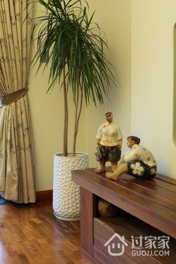 东南亚风格三居室欣赏客厅电视柜
