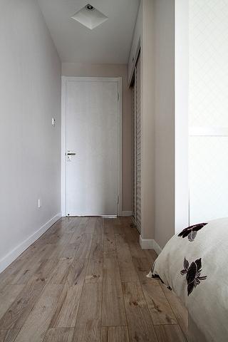 112平现代三室一厅欣赏卧室过道
