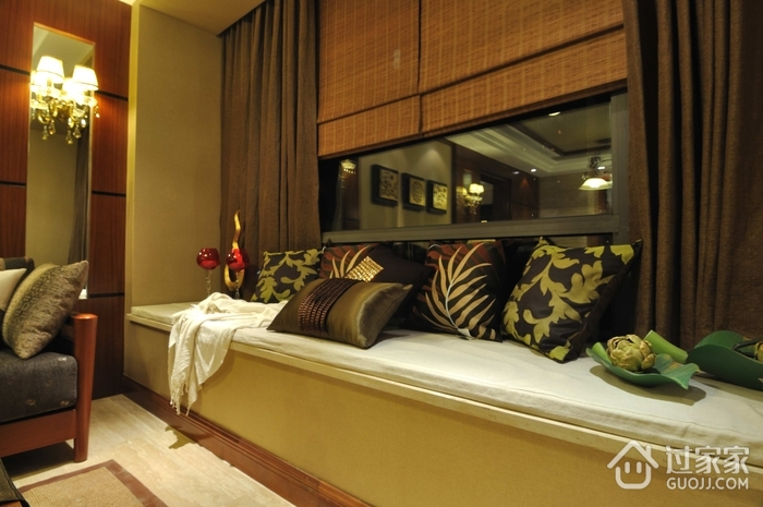 东南亚设计客厅榻榻米