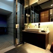 现代日式风卧室卫生间