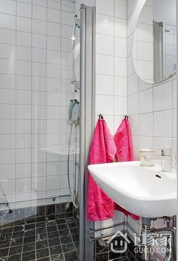 白色北欧两居室住宅欣赏卫生间吊顶设计