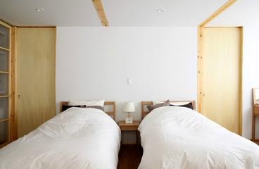 白色日式风格两居欣赏卧室摆件