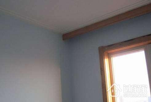 石膏线必须加钉固定在基层顶角的木方上,使用的螺丝钉必须是高清图片