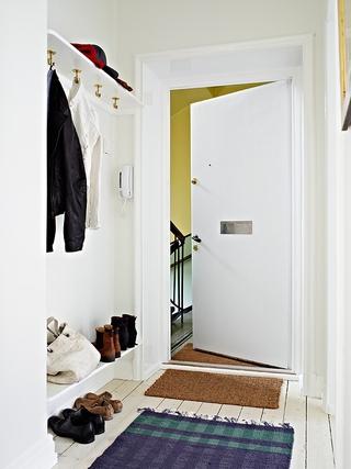70平白色北欧住宅欣赏玄关