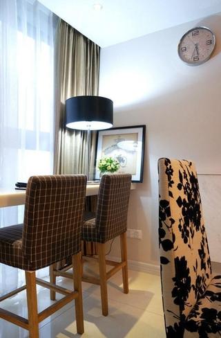 89平简约三室两厅 餐厅窗帘装饰效果图