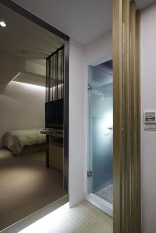 77平白色现代两居室欣赏卧室室内门