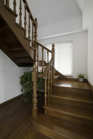 清爽混搭风格住宅欣赏楼梯间