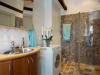 简约不简单的阁楼设计欣赏卫生间