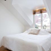 简约不简单的阁楼设计欣赏卧室