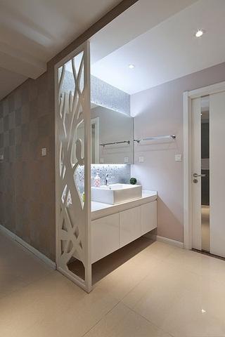时尚现代三居室欣赏卫生间隔断