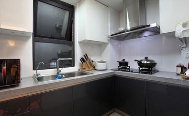 厨房橱柜装饰效果图 简单的美