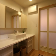 158平日式风格别墅欣赏洗手间