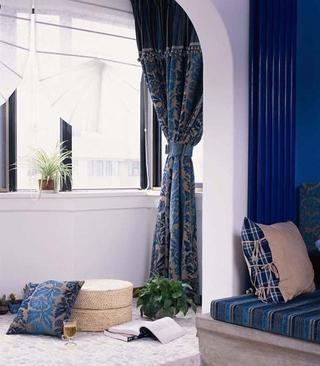 蓝色地中海住宅设计欣赏卧室窗户