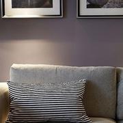 简单自然 简约风格客厅照片墙摆放图