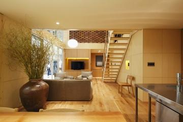 89平日式温馨复式楼欣赏客厅设计