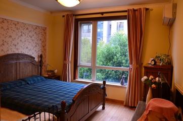 美式乡村风格住宅欣赏卧室窗户设计