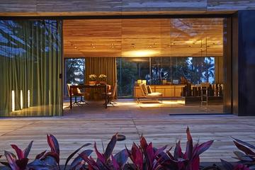 自然木色住宅欣赏过道