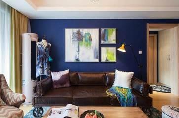 在客厅同时用了最深和最浅的颜色,没想到房子面积看起来都大了!