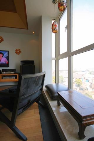 新中式风设计客厅飘窗