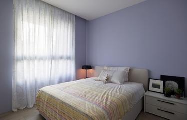 112平木质现代住宅欣赏卧室设计
