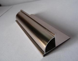 什么是金属阳角线