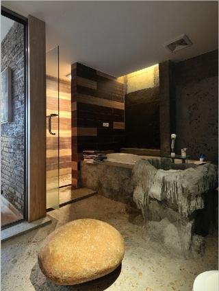 现代工业风住宅欣赏卫生间