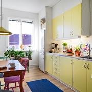 缤纷色彩单身公寓欣赏厨房