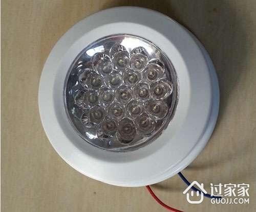 """建材百科 声控灯    光控电子开关,它的""""开""""和""""关""""是靠可控硅的导通和"""