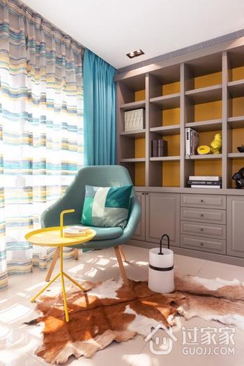 78平现代三居室欣赏阳台窗帘