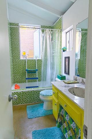 时尚彩色简约住宅欣赏卫生间
