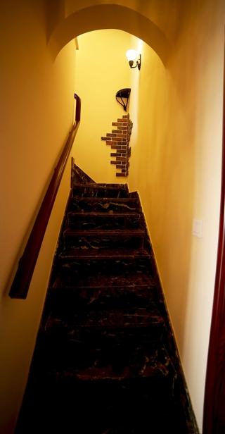 混搭时尚装饰别墅欣赏楼梯间