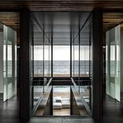 现代海景别墅设计二楼观景房