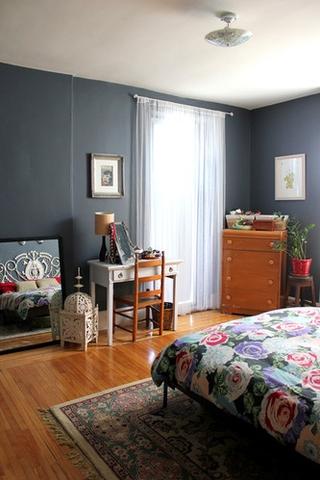 混搭温馨卧室窗帘装饰图