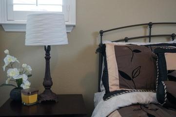 美式别墅装饰效果图床头灯