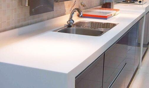 橱柜台面是石英石好还是不锈钢好?秒懂!