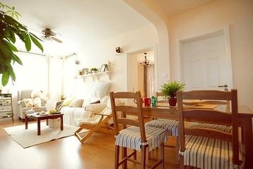 62平简约小两居住宅欣赏餐厅餐桌