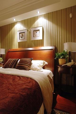 美式雅致三居室欣赏卧室背景墙