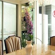 浪漫餐厅花艺装饰图 繁花似锦
