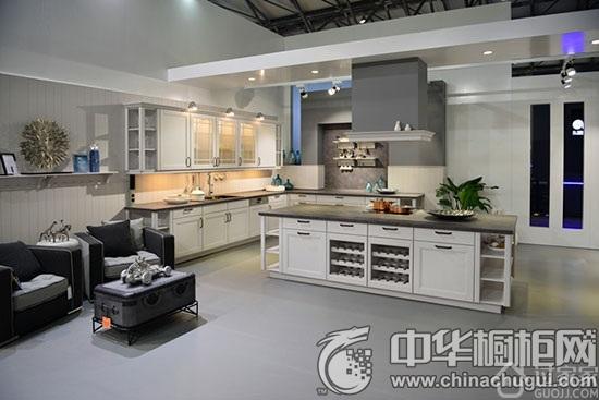 橱柜设计引入自然元素 厨房装修效果图鉴赏