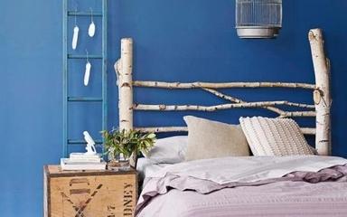 床头柜欣赏 小小床头柜点缀温馨卧室
